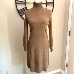 LL Bean Camel Turtleneck Wool Blend Long Sleeve